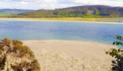 Aguas cristalinas en Playa Figueiras, Islas Cies3