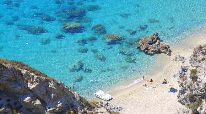 Capo Vaticano Italy  City new picture : Preciosas rocas y mar azul en Capo Vaticano, Calabria