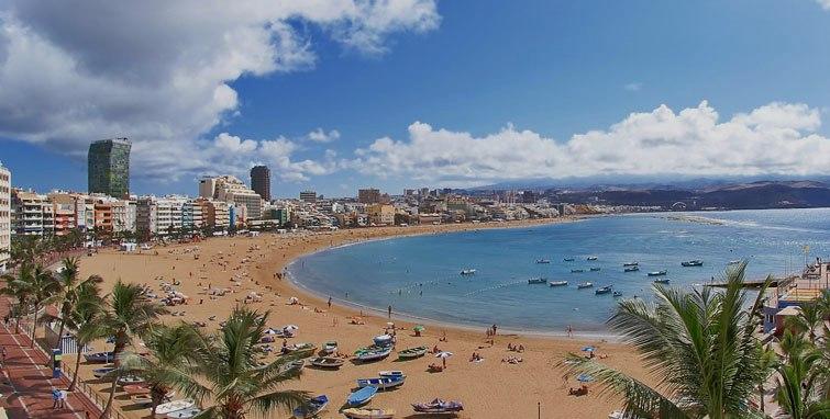 La playa de Las Canteras, en Las Palmas de Gran Canaria