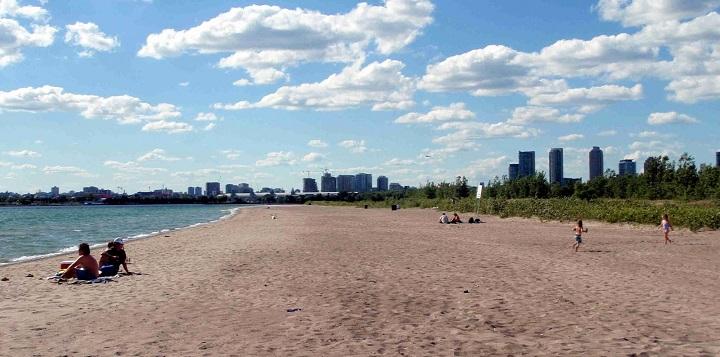 Hanlans Point Beach