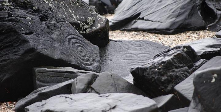 Petroglyph Beach Alaska1