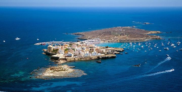 e77d3d6699dd2 ... las mejores playas de Alicante sin mencionar la Isla de Tabarca