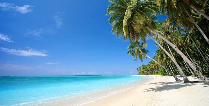 Playa desierta fotos1