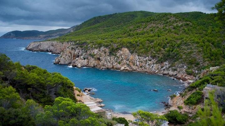 Cala den Serra Ibiza1