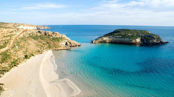 Spiaggia dei Conigli Italia1