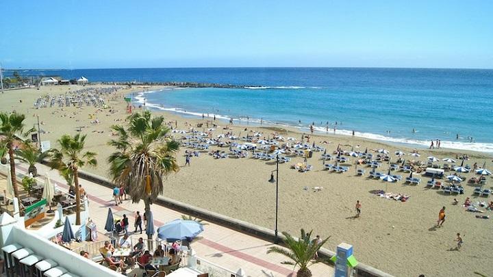 Playa de los Cristianos Tenerife1
