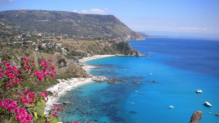 Baia delle Grotticelle Italia