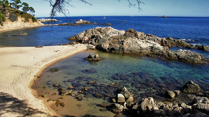 Cala Estreta Costa Brava1