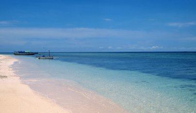 gili-meno-beach3