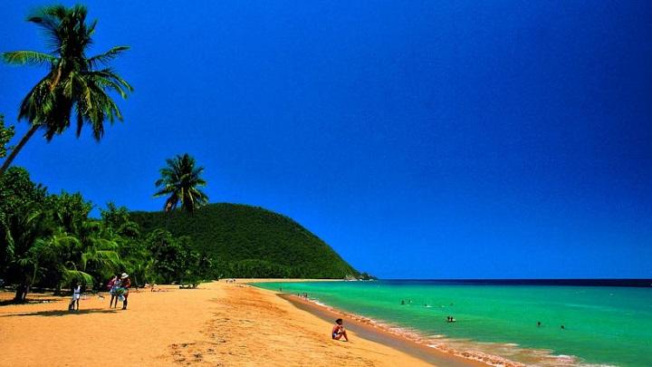 grande-anse-beach0