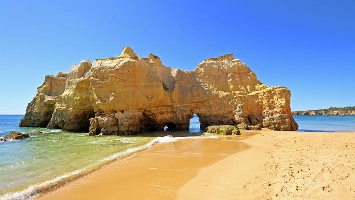 Praia-da-Rocha