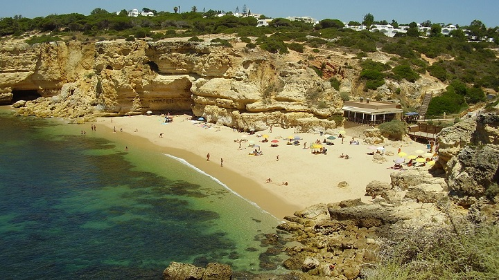 Praia-de-Coelha-foto0