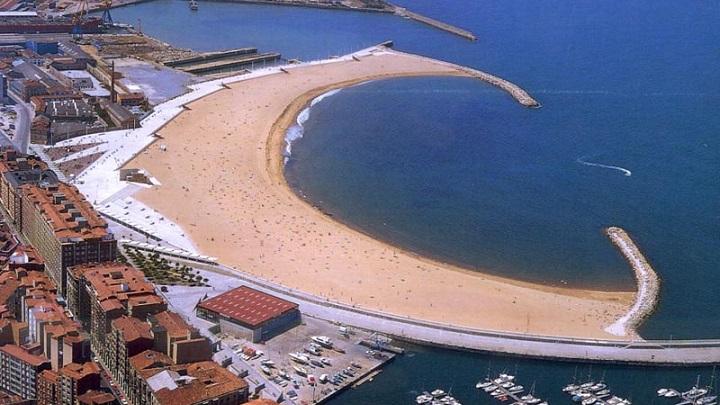 Playa-de-Poniente