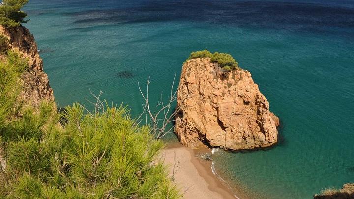 Illa-Roja1