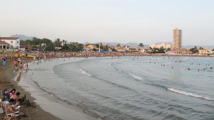 playa-de-la-bahia