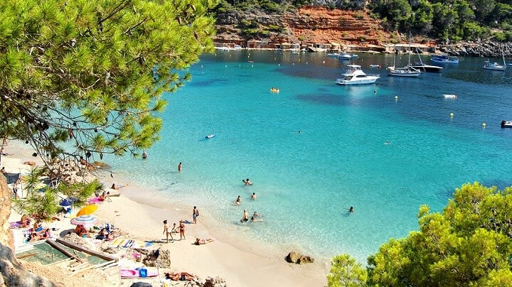 Cala-Saladeta-en-Ibiza