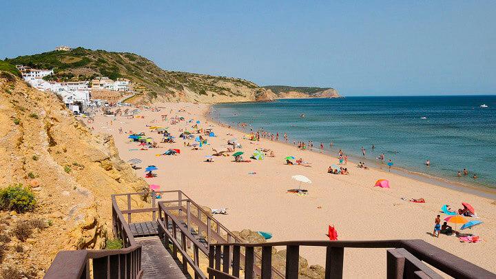 Praia-da-Salema-Algarve