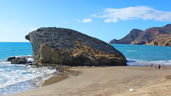 playa-de-Monsul-nudista