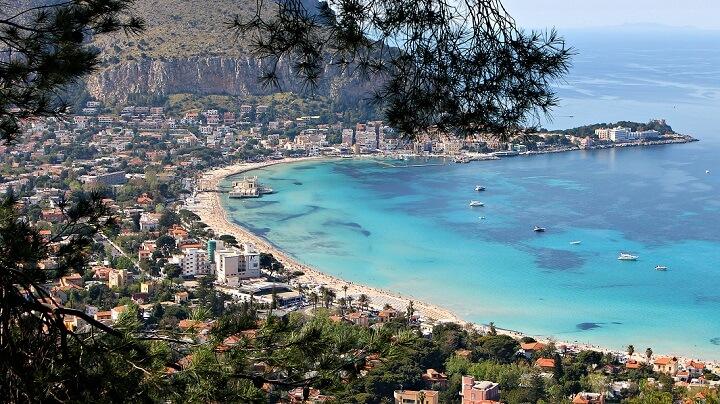 playa-recomendable-Italia-Mondello